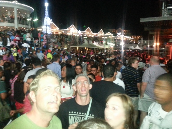 Not joking when I say the Waterfront was PACKED. Geen plek vir 'n muis!