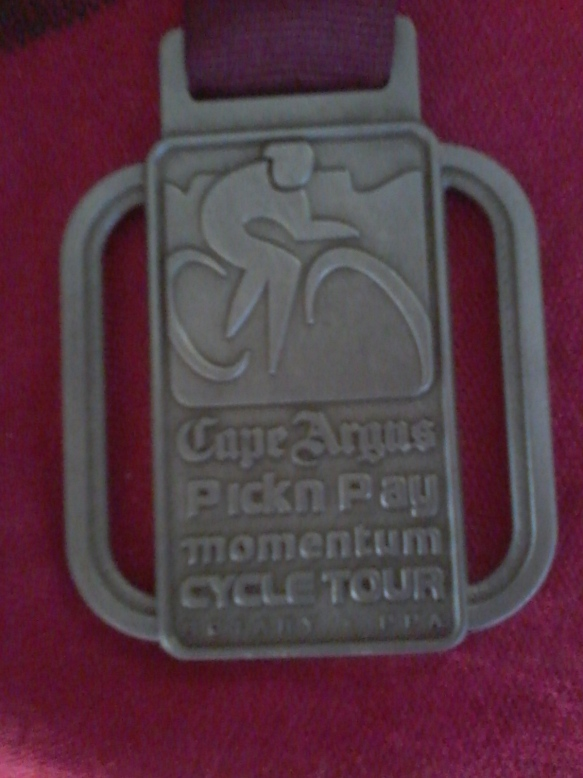 The medal states the year for the first time (on the other side)