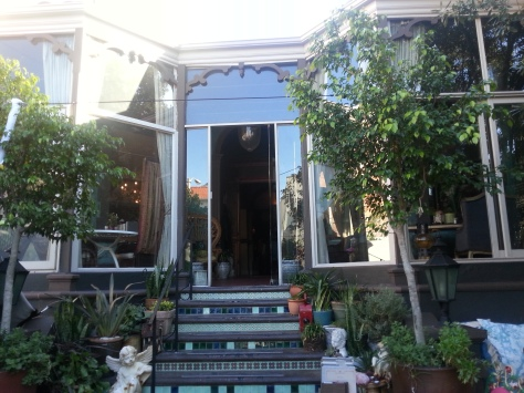 Charming entrance to Kloof Street House