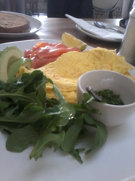 How deliciously healthy does this look? Dad had an omelette with salmon, avo and other bits
