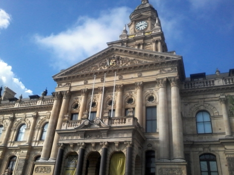 That there's Cape Town city hall. Rather impressive