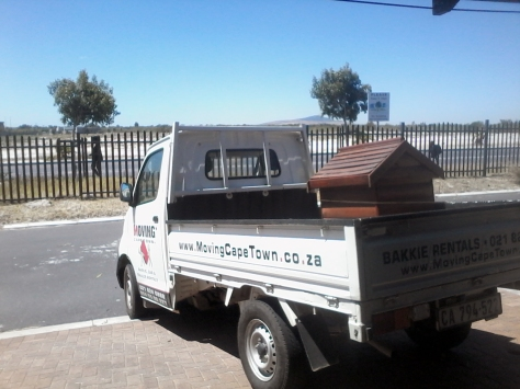 My only shot of the move. This was our last load from old house to new house - dog kennel on the back of the bakkie.