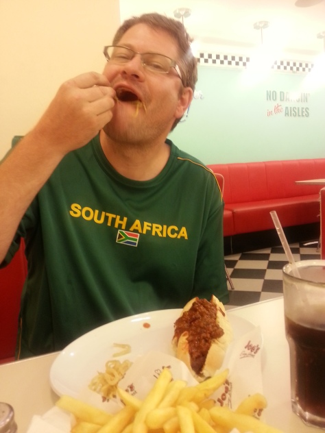 Husband enjoyed his chili con carne-topped dog at Joe's Diner in Canal Walk - with onion rings, chips and Coke, of course. Those are not vampire teeth, they're stringy onion rings trying to escape. I had a toffee milkshake, is one of my favourites