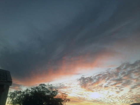 The pink-streaked sunset from Mums house where we had lupper.