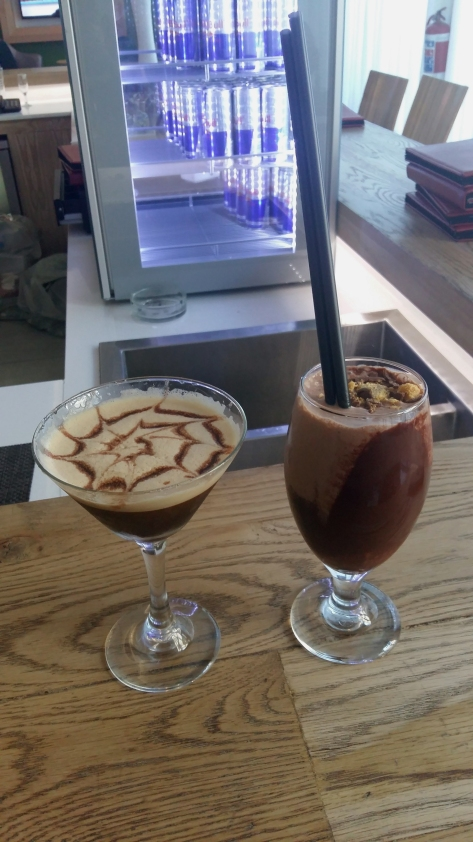 We got the the Fire & Ice a little early for my Sunday evening event, so we sat and 'people-watched' at the Milkshake Bar. That's my chocolate-orange-honeycomb shake, and Husband had the Almond Whiskey Espresso Martini.