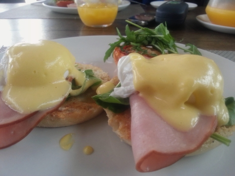 Most of the ladies opted for the eggs ben with ham. Such delicious, frothy Hollandaise sauce. Mmm!