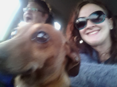 I know it's blurry but it's too funny not to include. Husband photobombing my usual 'Bassie and Mommy post-beach visit' shot :)