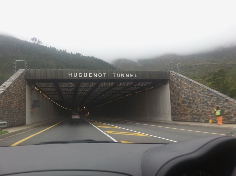 We made good time and before you know it, we were about to enter the Huguenot Tunnel. 4km on the dot, according to the car odometer.