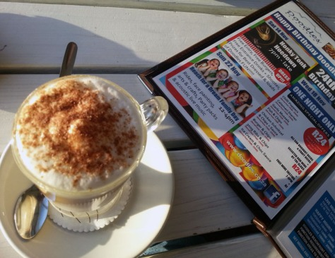 A latte at Doodles in Blouberg