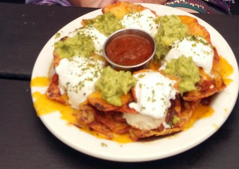 Starter nachos at Driftwood Cafe