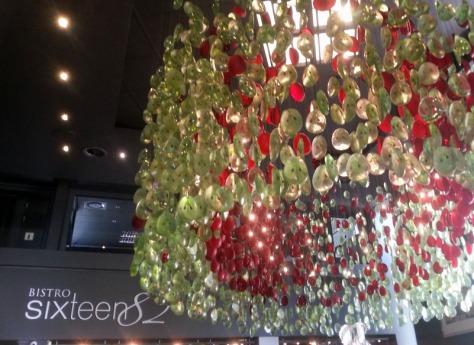 Bistro Sixteen82 chandelier