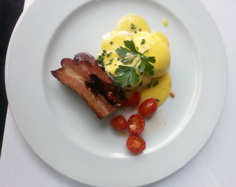 Eggs benedict with pork belly-bacon